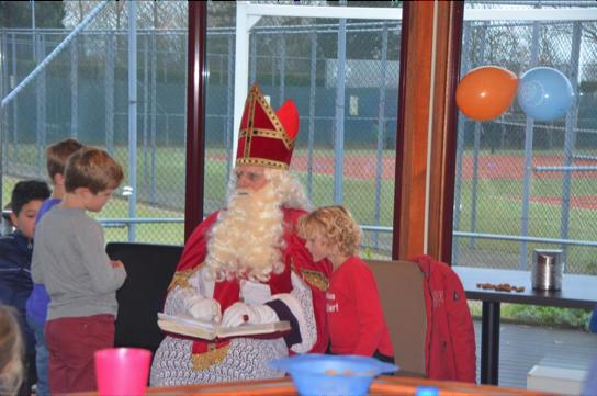 Sinterklaasvieren op de tennisverniging